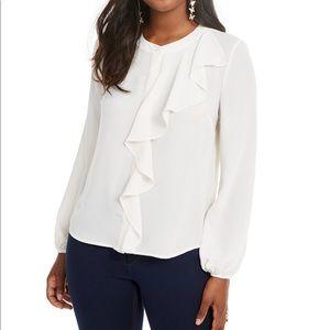 Thalia Sodi 100% poly blouse, crew neck button